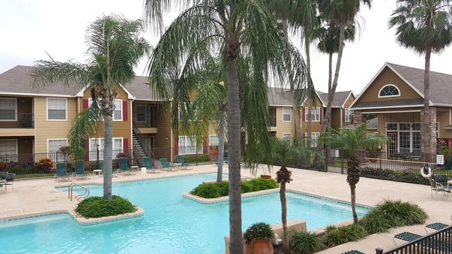 Hearthstone Apartments Broadstar Texas